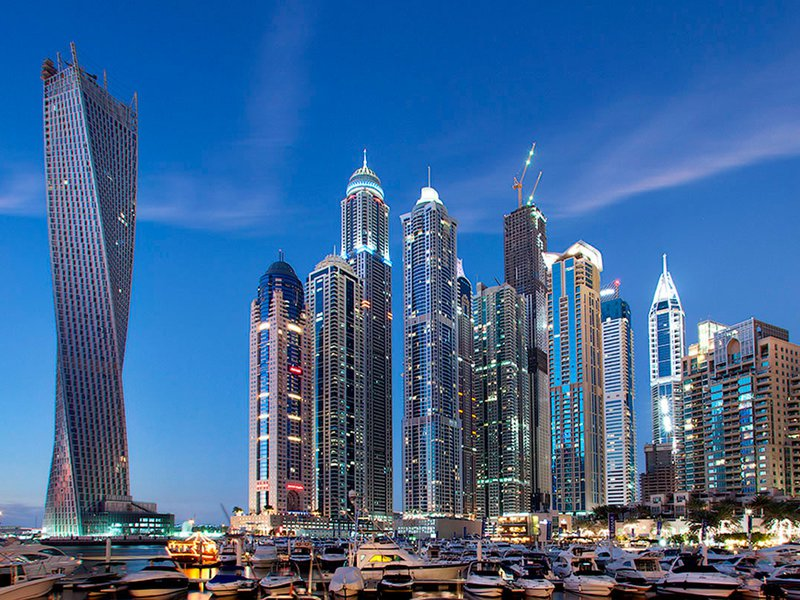 В Эмираты без визы — теперь можно и по обычному загранпаспорту