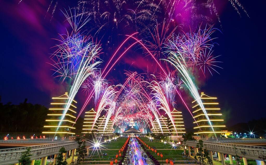 Как отмечают Китайский Новый год в 2018 году