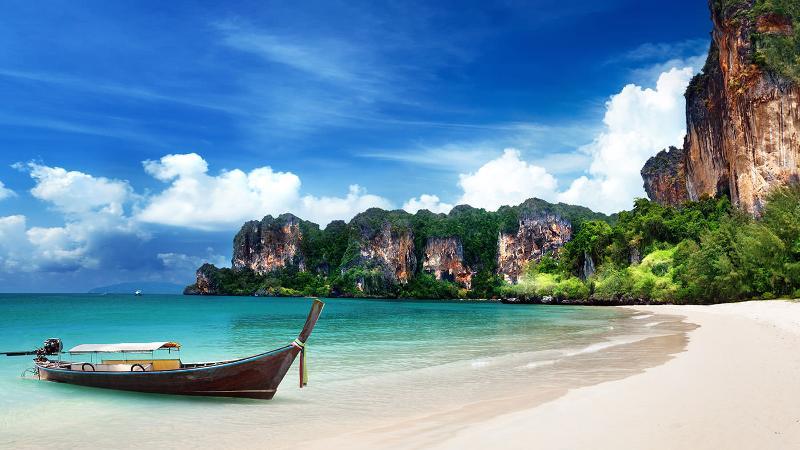 Райский пляж Майя Бэй, в Тайланде, останется открытым для туристов