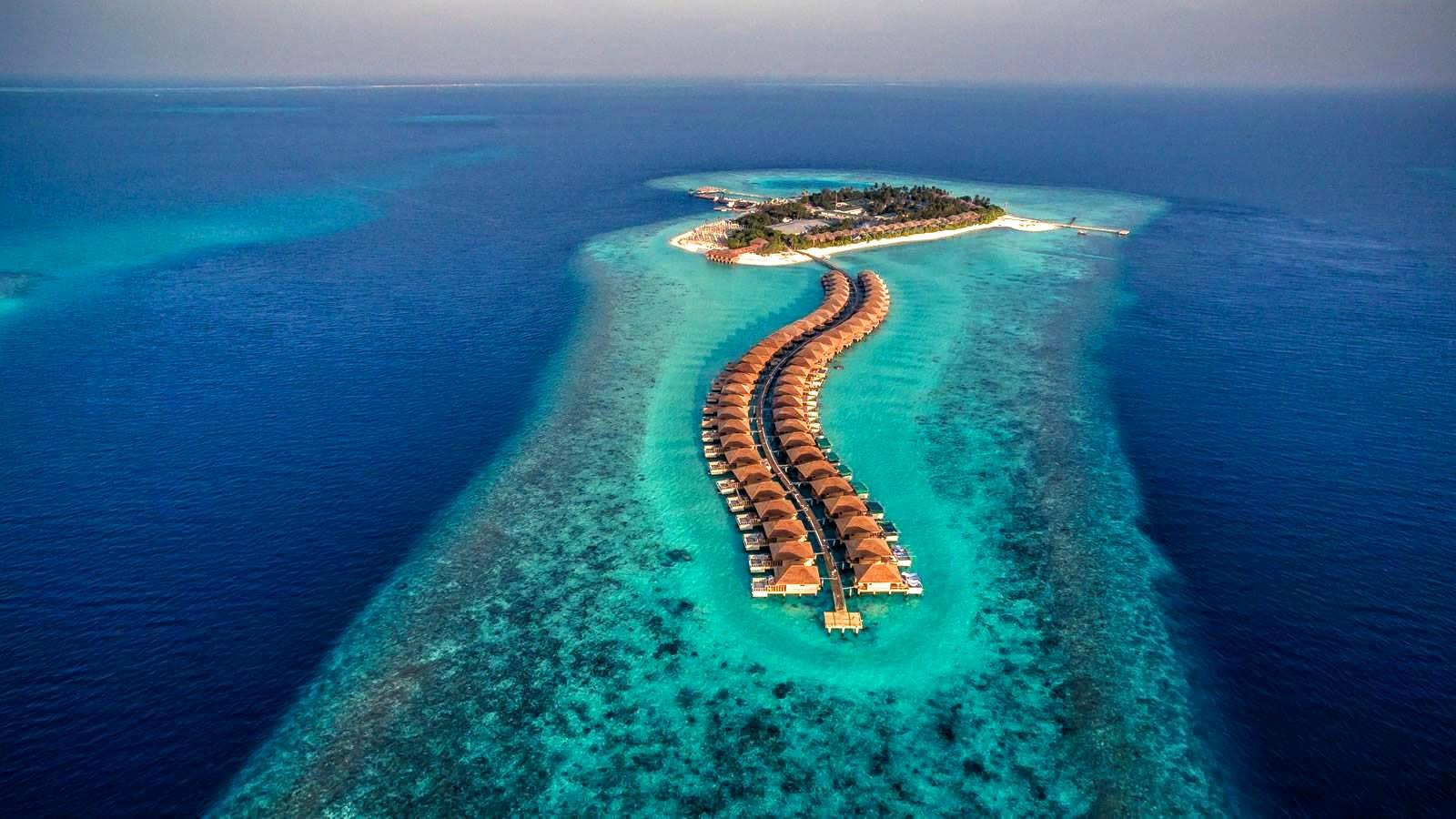 Удивительный отель Hurawalhi Island Resort 5* на Мальдивах