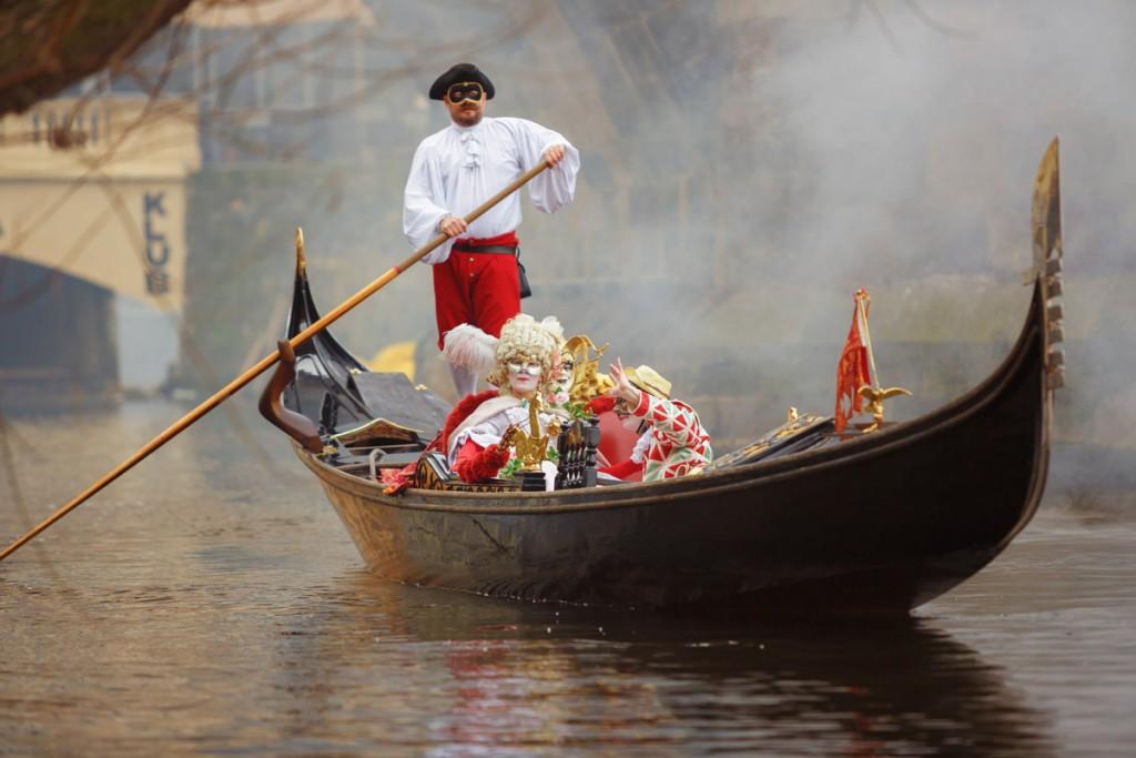 В Праге по Влтаве будут плавать венецианские гондолы